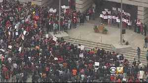 News video: Dallas Students Walk Out To Call For Stricter Gun Control Laws