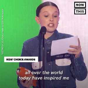 News video: Millie Bobby Brown Stands for Parkland at the Kids' Choice Awards