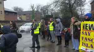 News video: Newcastle Residents Gather in Solidarity Around Mosque on 'Punish a Muslim Day'