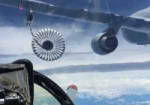 News video: Spectacular View From Air Force Air-to Air Refuelling