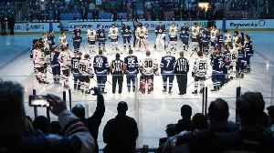 News video: North America Mourns After Hockey Team's Bus Crashes In Canada