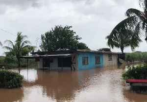 News video: FiJi Town Flooded as Cyclone Keni Makes Landfall
