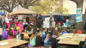 News video: Video: Edmond teachers, students bring classroom to state Capitol