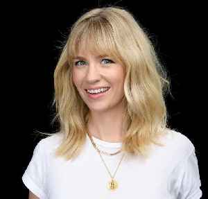 News video: January Jones Sits Down To Chat About