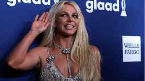 News video: Britney Spears Presented With Vanguard Award At 2018 GLAAD Media Awards