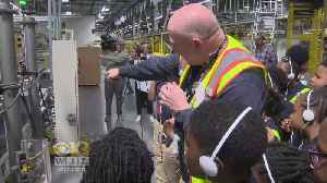 News video: Amazon Invites Local Students To Tour Fulfillment Center For National Robotics Week