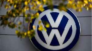 News video: Volkswagen Wants Self-Parking Cars By 2020