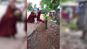 News video: Two Monks Fisticuffs In Burma