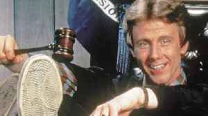 News video: 'Night Court's' Harry Anderson Dead At 65