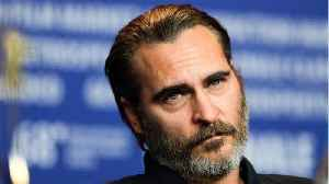 News video: Joaquin Phoenix Doesn't Think He Can Direct