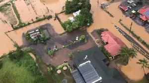 News video: Hundreds Evacuated in Hawaii After 2 Feet of Rain Triggers Flooding and Mudslides