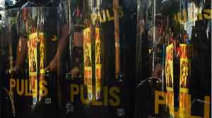 News video: Philippine Government To Deploy Riot Police To Enforce Boracay Shutdown