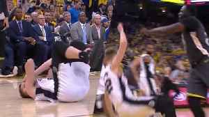 News video: Draymond Green CUSSES OUT Davis Bertans After Flagrant Elbow! | 2018 NBA Playoffs