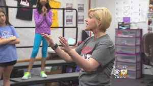 News video: Community Raises Money For Beloved Teacher With Cancer