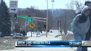 News video: Comparing April snow totals in Minnesota and Iowa
