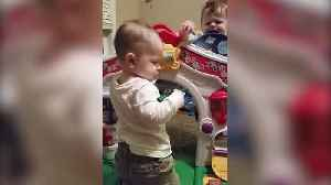 "News video: ""Twin Boys Fight Over Kazoo"""
