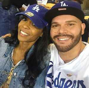 News video: Destiny's Child singer Michelle Williams engaged to pastor