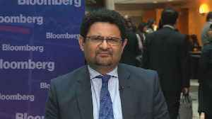 News video: Pakistan Doesn't See Need to Devalue Currency, Ismail Says