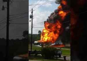 News video: Crash Causes Gas Tanker Fire in Mobile, Alabama