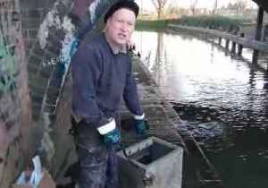 Magnet Fishermen Pull Out Safe From Leicester River