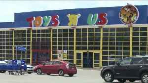 News video: Father Allegedly Abandons Baby at Toys R Us