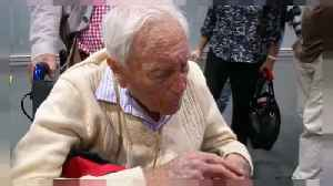 News video: 'Ready to die' - Australia's oldest scientist arrives for Swiss assisted suicide