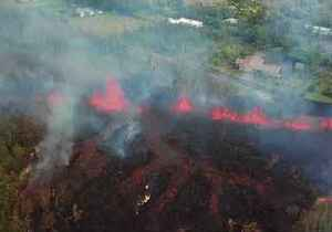 News video: Aerial Footage Shows Lava Flows From Kilauea Volcano