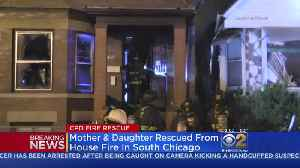 News video: Two Police Officers, Woman In Wheelchair Injured In South Chicago Fire