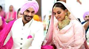 News video: Neha Dhupia Gets Married To Angad Bedi