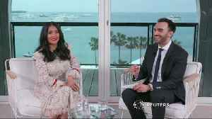 News video: Salma Hayek calls for male stars to get pay cut