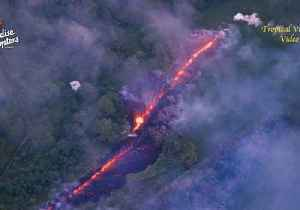 News video: Aerial Footage Shows New Fissure Erupting Near Leilani Estates