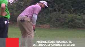 News video: Murali Karthik Enjoys At The Golf Course With DD