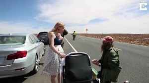 News video: Man Mimicking 'Forrest Gump' Run Proposes as He Finishes in Arizona