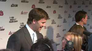 News video: Settlement Reached In Case Accusing Eli Manning Of Defrauding Collectors