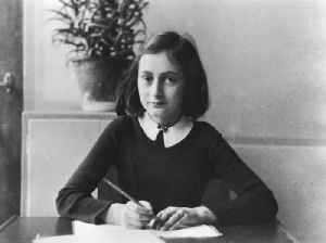 News video: 'Dirty' jokes discovered in hidden passages of Anne Frank's diaries