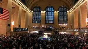 News video: NY's Grand Central Delays Gives Massive Disrupt To Travel