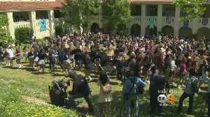 News video: Meghan Markle's Alma Mater Celebrates Upcoming Royal Wedding With Courtyard Party