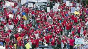 News video: Teachers In North Carolina Walk Out For Higher Pay