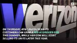 News video: AT&T and Verizon Gear Up to Sell World's First Holographic Phone