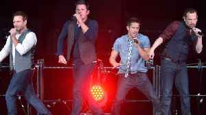 News video: 98 Degrees Announces 2018 Holiday Tour