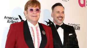 News video: Elton John Cantará En La Boda Real De Principe Harry Y Meghan Markle
