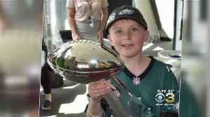 News video: Eagles Give Star Treatment To Cancer-Stricken Boy Who Lost Father Days After Birthday