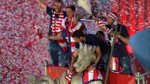 News video: Atletico Madrid celebrates Europa League title at Neptuno Square