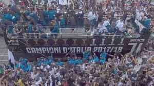 News video: Juventus parade through Turin to celebrate League and Cup double