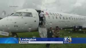 News video: Plane Skids Off Runway Due To Heavy Rains