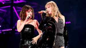 News video: Selena Gomez Taylor Swift Performance, Are They Going To Tour Again?