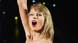 News video: All The Reasons Why Taylor Swift's Dance Moves Were Seriously Missed During Awar