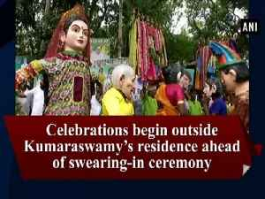 Celebrations begin outside Kumaraswamy's residence ahead of swearing-in ceremony [Video]