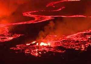 News video: Stunning Aerial Footage Shows Overnight Eruption at Kilauea Volcano