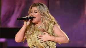 News video: Kelly Clarkson, Blake Shelton To Perform At CMT Awards